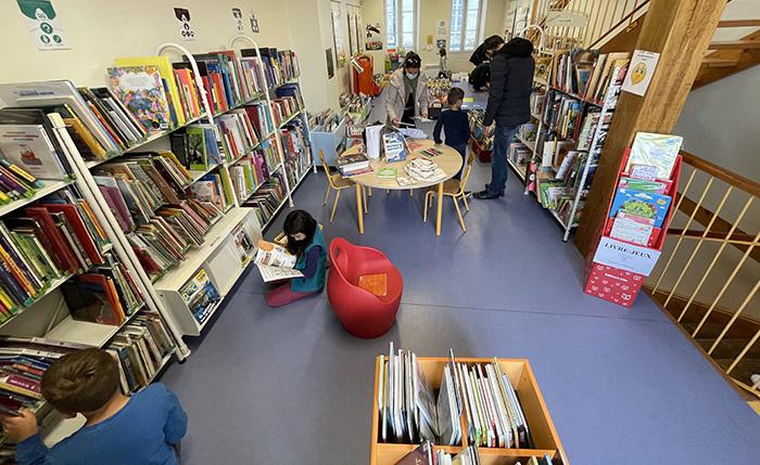 bibliothèque Laroque-Timbaut